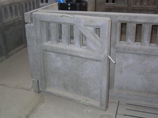 Puerta de hormig n para granjas de cerdos prefabricadas for Puertas prefabricadas